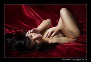 boudoir-photography-how-to-look-good-naked
