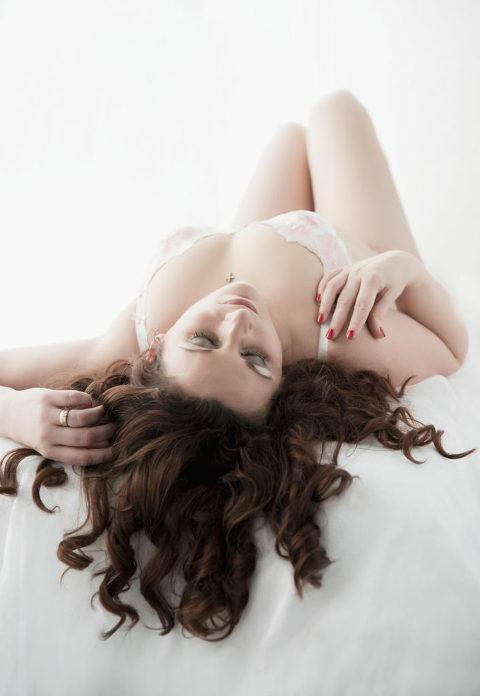 boudoir-photography-red-hair