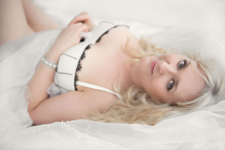 boudoir shoot cancer survivor