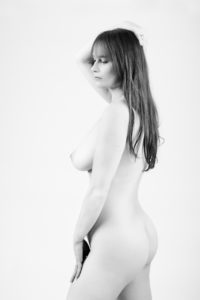 glamour photography nude black and white